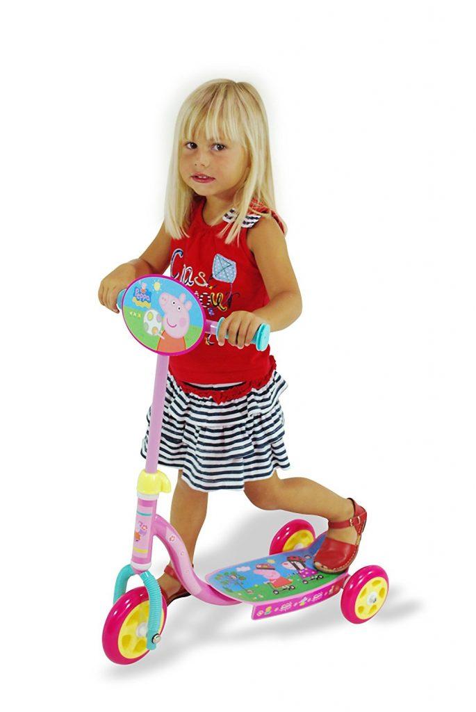 patinete-de-colores-con-3-ruedas-de-peppa-pig